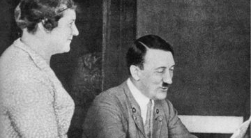 Paula e Adolf Hitler - Wikimedia Commons
