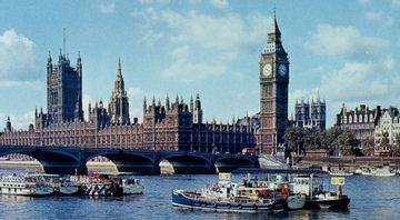 Pintura mostra Londres, em meados dos anos 1960 - Getty Images