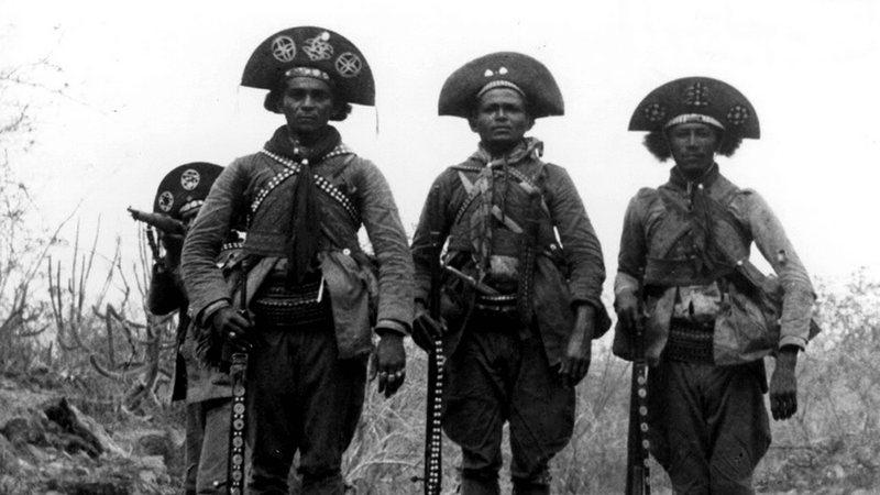 Zé Sereno e outros três cangaceiros de seu bando, 1936