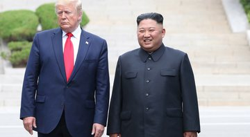 Donald Trump ao lado de Kim Jong-Un - Getty Images