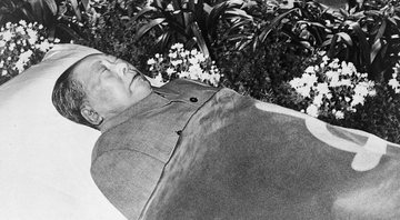 O corpo embalsamado de Mao Zedong - Getty Images