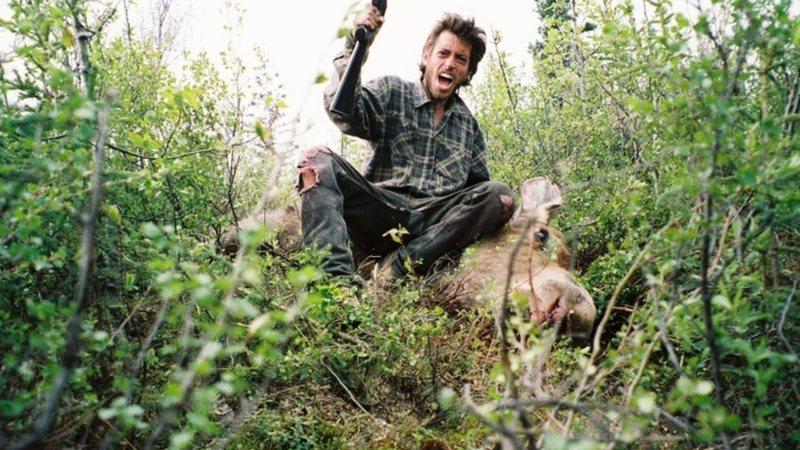 Autorretrato de Christopher tirado durante sua estadia em florestas