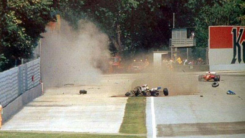 Momento do acidente de Ayrton Senna