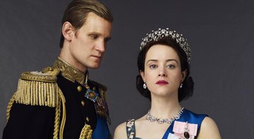 Matt Smith, como Philip, e Claire Foy, como Elizabeth II, em foto promocional do seriado The Crown - Divulgação / Netflix