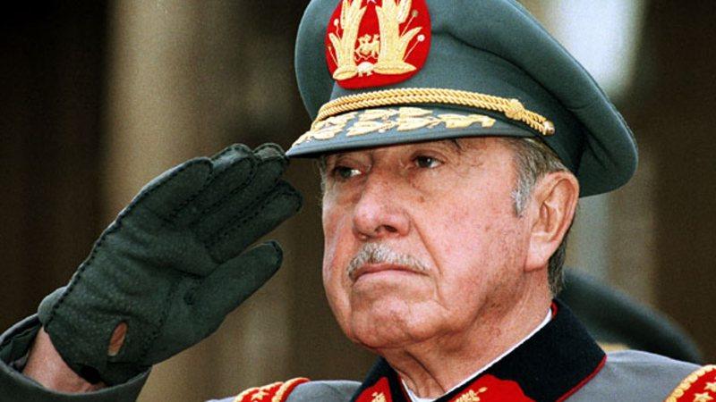 Aventuras Na Historia Ha 21 Anos O Sanguinario Ditador Augusto Pinochet Era Preso