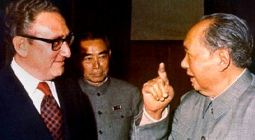Mao Zedong e Henry Kissinger - Wikimedia Commons