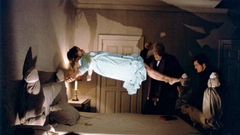 Aventuras na História · De mortes misteriosas a acidentes: 7 curiosidades  macabras do filme O Exorcista