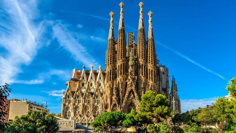 Aventuras na História · Antoni Gaudí: O símbolo do modernismo catalão