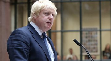 Boris Johnson durante discurso - Wikimedia Commons