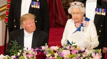 Donald Trump e Elizabeth II durante o banquete de Estado oficial - Getty Images