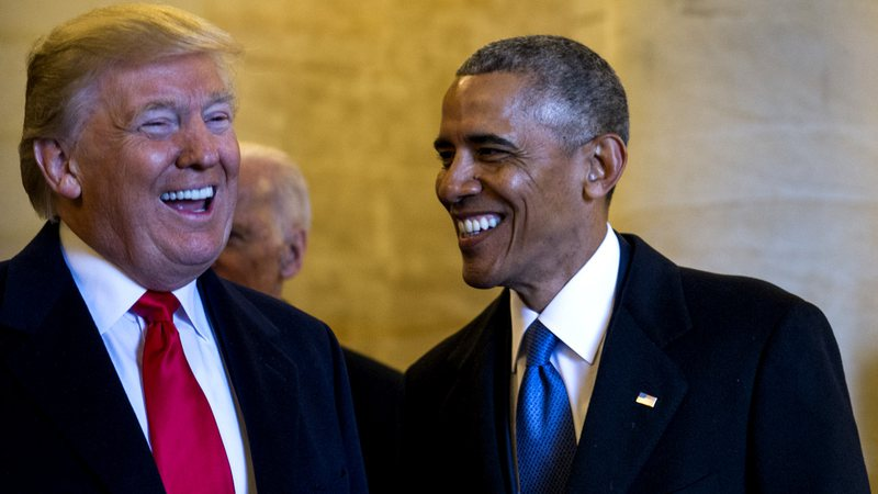 Donald Trump e Obama em evento oficial