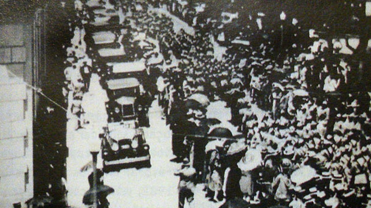 Rua de Porto Alegre durante Revolução de 30