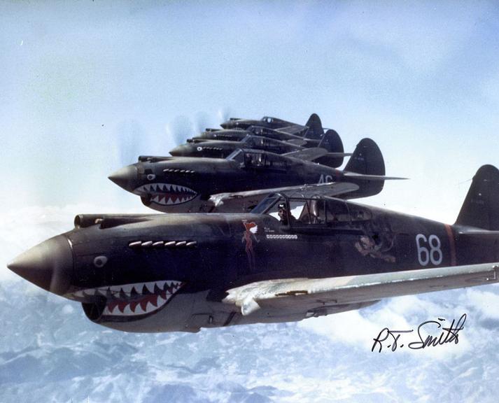 1º Grupo de Voluntários Americanos (Flying Tigers), 3ª esquadrilha, Hell's Angels. Eles lutaram na China antes da entrada dos EUA na guerra, oficialmente como parte do exército chinês.