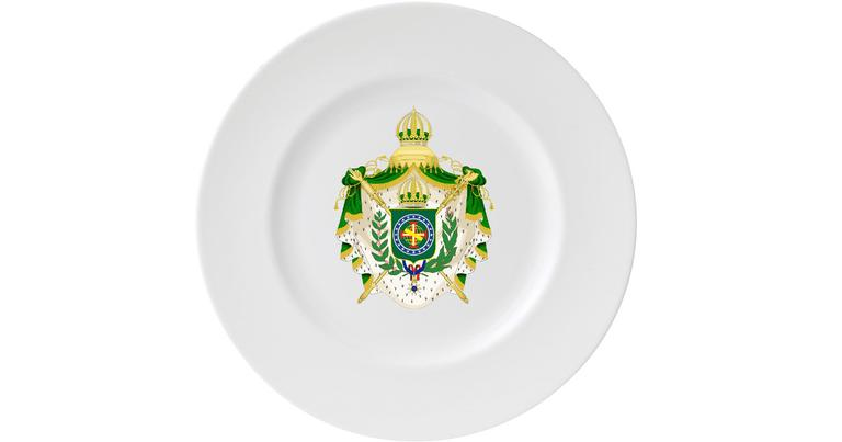 O brasão no prato