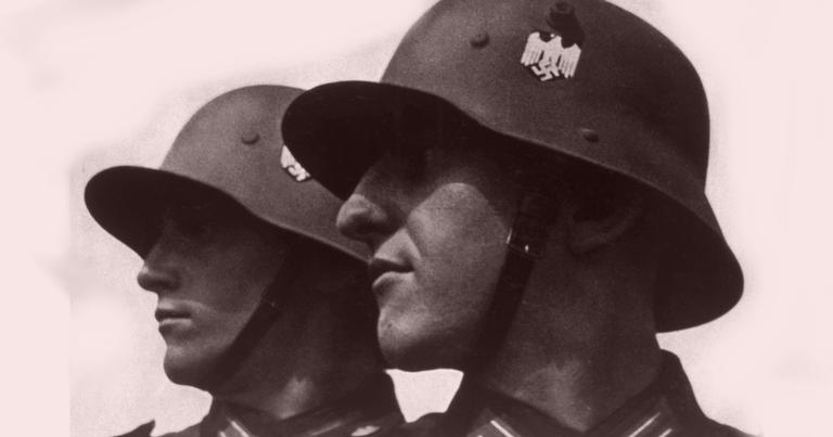 Soldados nazistas fazendo pose: nem todos eram alemães | <i>Crédito: Shutterstock