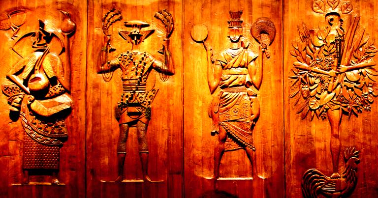 Esculturas dos orixás por Carybe, Museu Afro-Brasileiro, Salvador