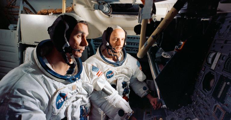 Tripulação da Apollo 10 em teste em solo