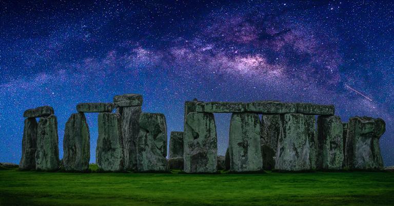 Stonehenge à noite