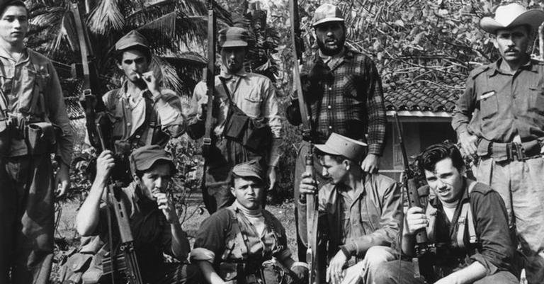 Soldados cubanos durante a Invasão da Baía dos Porcos