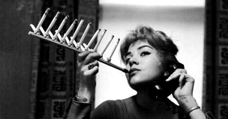Aparelho para fumantes em série