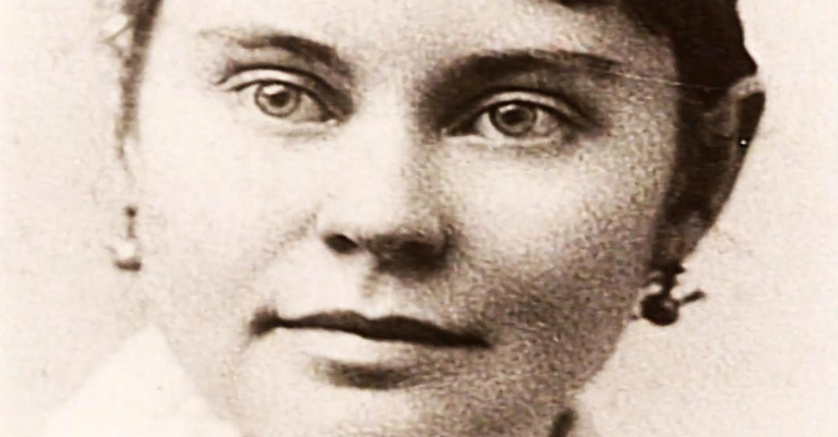 Lizzie Borden, acusada de assassinar o pai e a madrasta