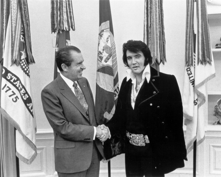Elvis Presley visita o presidente Richard Nixon