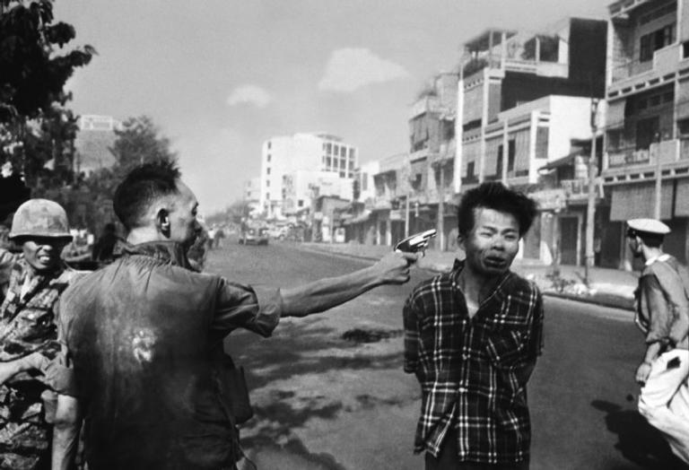 Registro de Eddie Adams ajudou a mudar a opinião pública norte-americana sobre a Guerra do Vietnã