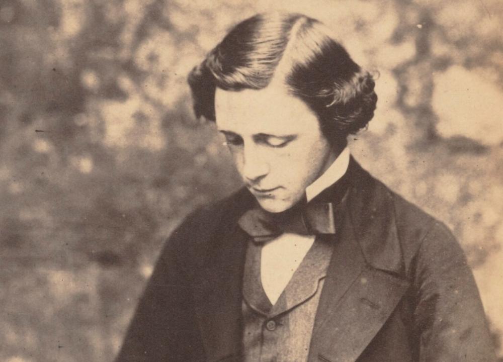 Aventuras na História · País das maravilhas? A controversa relação entre Lewis Carroll e verdadeira Alice, de 10 anos